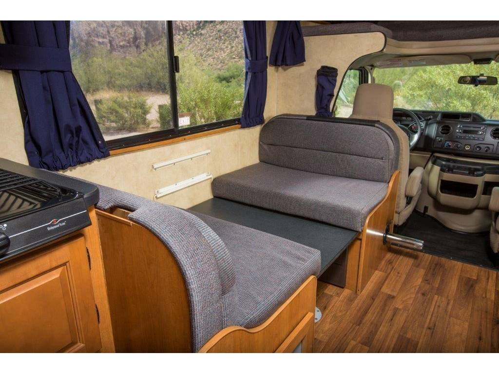 2015 Thor Motor Coach Majestic 28a For Sale In Everett Wa