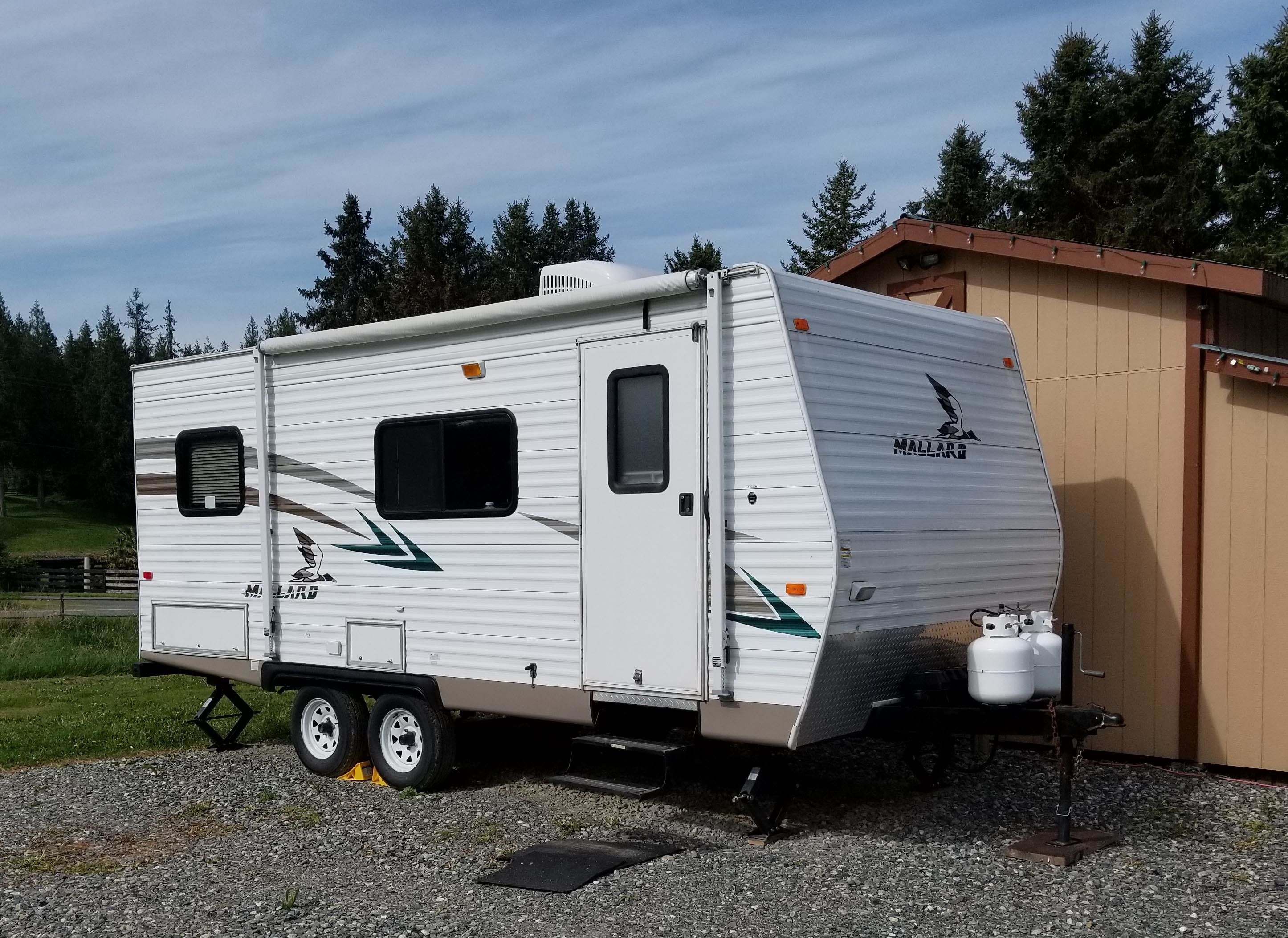 Fleetwood MALLARD 24RKS REAR KITCHEN/ For Sale - Fleetwood RVs -  RvTrader.com