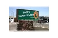 Tom's Camperland Surprise Logo