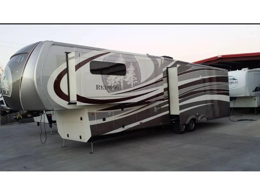 2014 Redwood CROSSROADS RW38RL, Mansfield TX - - RVtrader.com