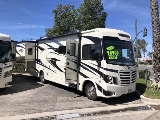 Used Rvs For Sale In Texas By Owner >> New Used Rvs Motorhomes For Sale Rv Trader