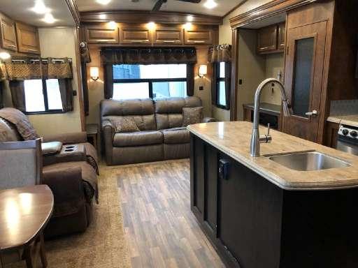 Brookstone For Sale - Coachmen Fifth Wheels - RV Trader