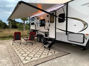 Brand New Condition 2018 Forest River Rockwood Mini Lite Immaculate (One Way Available)-0