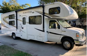 FORESTER - GREAT FAMILY BUNK HOUSE • BEAUTIFUL, LIKE NEW • DELIVERY AND PICK UP AVAILABLE-0