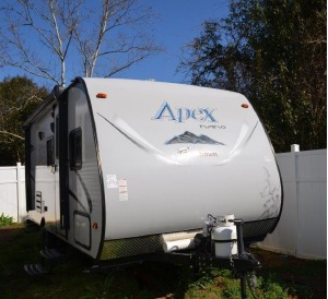 2017 Coachman Apex Nano 193BHS - Sleeps 5 - 23' Long #106-0