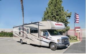 Family Sleeper Class C Motorhome For Your Next Trip! San Bernardino-0