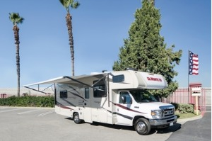 Class C Motorhome - Perfect For A Family Of 6! Homestead-0