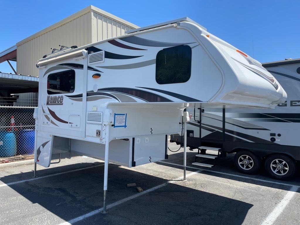 Used, 2019, Lance, TRUCK CAMPER 855S SHORT BOX, Truck Camper