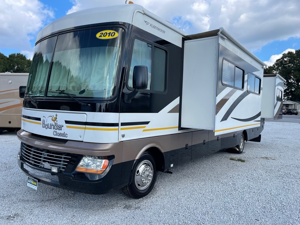 Used, 2010, FLEETWOOD, BOUNDER 35S, Class A